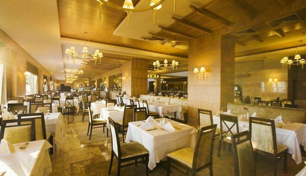Fantasia Hotel De Luxe Kusadasi Book 5 Star Accommodation In Long Beach